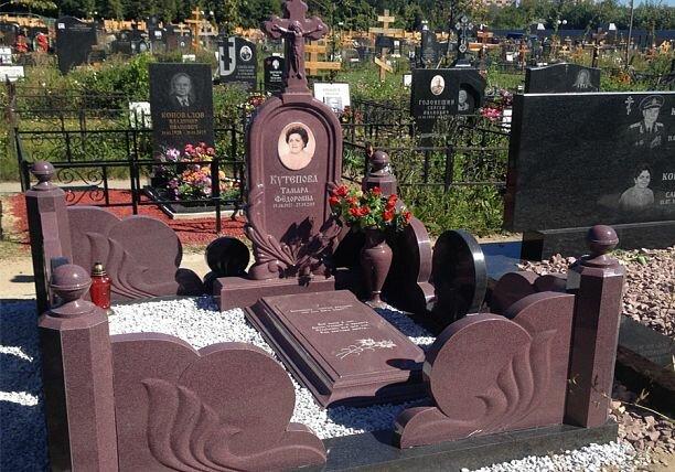 Недорогие памятники москвы древней памятники горькому нижний новгород