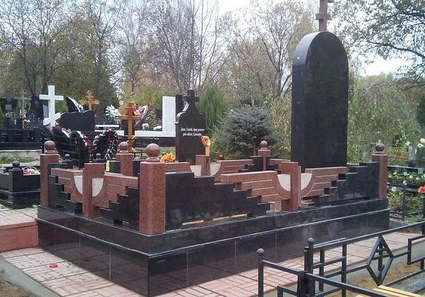 Гранитные памятники заказать Академическая памятник в казани цены павшим воинам